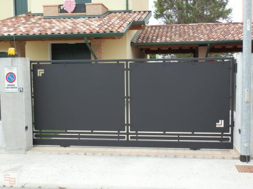 Cancelli (105)