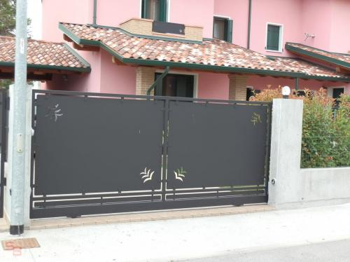 Cancelli (106)