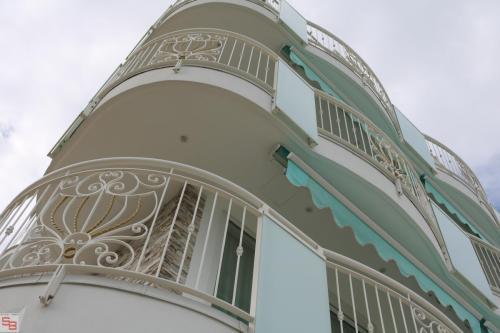 HOTEL PUNTA DELL'EST