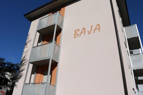 Condominio  Baja (1)