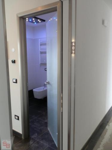 PORTA INTERNA HOTEL ROSSINI